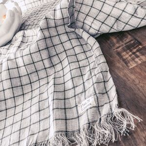 Flax N Linen Dining - Linen tablecloth table scarf checked